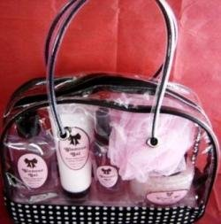 GLAMOUR GAL 5 PC LAVENDER & MUSK TRAVEL BATH SET