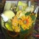 MIXED BRAND 11 PC BATH SET WITH LARGE HAT BOX