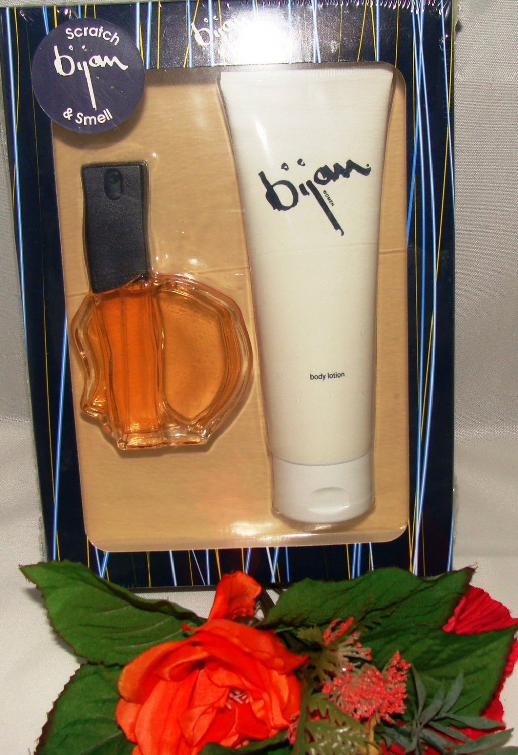 BIJAN WOMEN 2 PC WOMENS 1 OZ PERFUME & BODY GIFT SET BY BIJAN