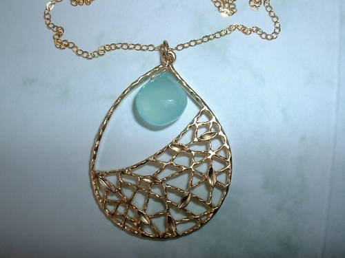 PERUVIAN CHALCEDONY TEARDROP 14K GOLD FILLED NECKLACE