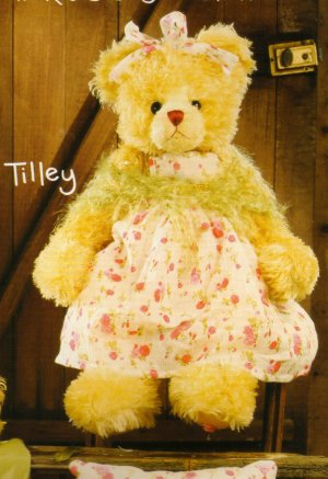 "Tilley 23"", Rose Scented Bear by Settler Bears"