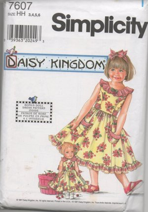"""SIMPLICITY 7607 Child's & Girls's Dress & Doll Dress for 17"""" Doll"""