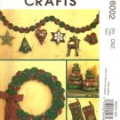 MCCALLS M6002 CRAFT CHRISTMAS STOCKINGS, WREATH, TREE IN 2 SIZES, ORNAMENT & GARLAND