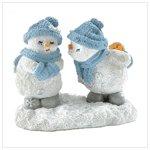 Snowbuddies Ready To Kiss
