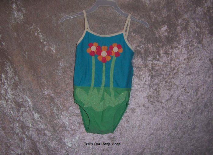 Girls 12-18 month Old Navy one piece swimsuit w/flowers on it