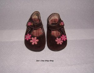 Girls size 4 (Infant) Circo shoes