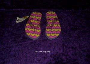 Girls size S (7 - toddler) flip flops - NWT