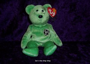 Kicks the Bear Beanie Baby � NWT