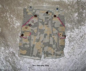 Girls� Size 4 Mary Kate and Ashley camouflage capris