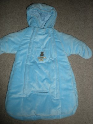 Choose from a wide selection of kid's clothing. Shop today for the best deals on clothing for kids, including infant outerwear, sweaters and snowsuits, as well as toddler outerwear, toddler jackets and mitts, all at forex-2016.ga
