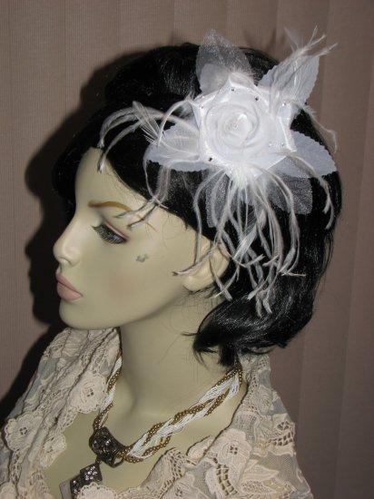 Sabrina Bridal Feather Fascinator white