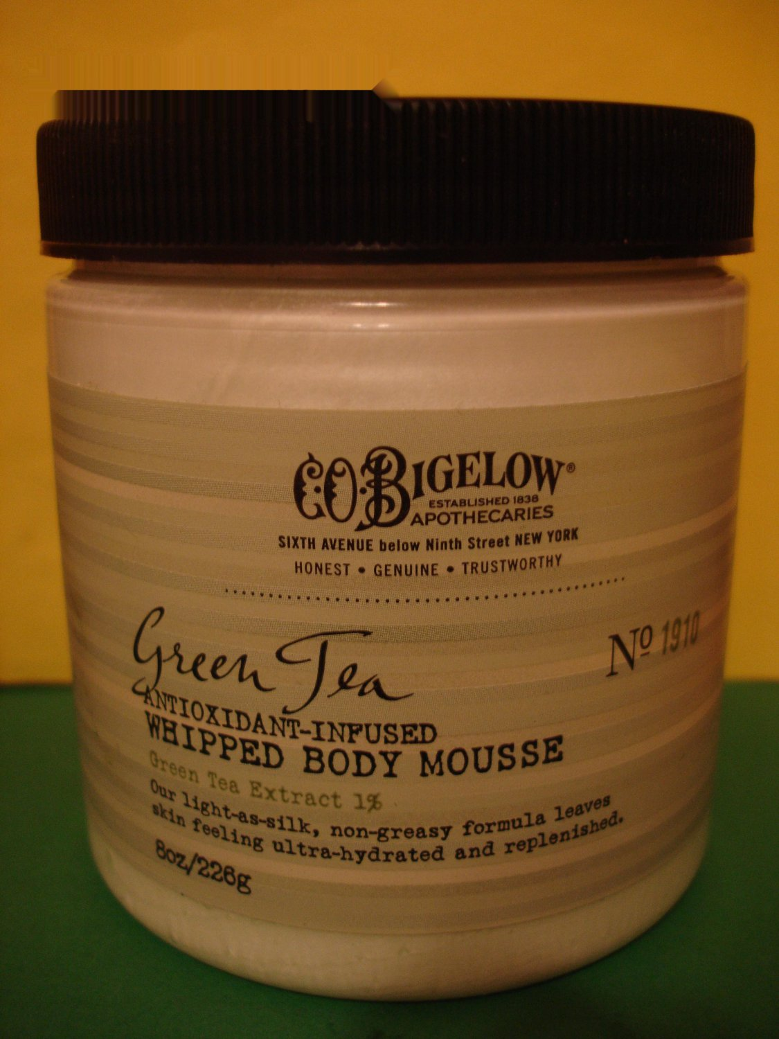 Bath & Body Works C.O Bigelow Green Tea Whipped Body Mousse Full Size