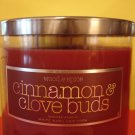 Bath & Body Works Cinnamon and Clove Buds Candle 4 oz
