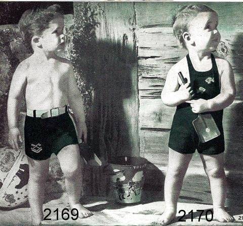 Boy�s and Girl's Sun Suit Knitting Pattern Vintage 726032