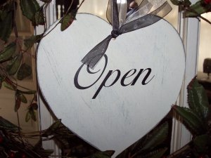 Open Closed Shabby Cottage Heart Retail Shop Wood Vinyl Sign - Customer Welcome Greeter