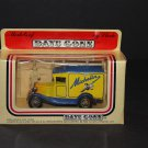 LLEDO England Models of Days Gone Michelin Delivery Truck Car Vehicle w People