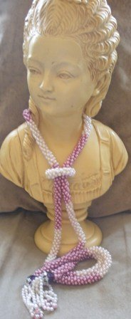 Vintage 80�s Tie Style Beaded Necklace