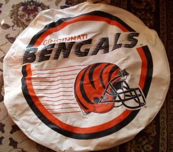Cincinnati Bengals NFL Spare Tire Cover w/ Helmet on it