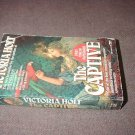 The Captive by Victoria Holt (1990)