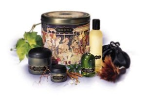 Kama Sutra Earthly Delights Gift Tin & Items