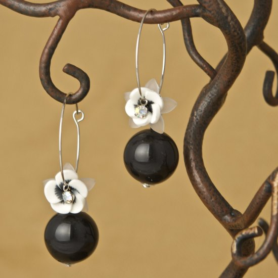 Flower and Black Ball Hoop Fashion Earrings
