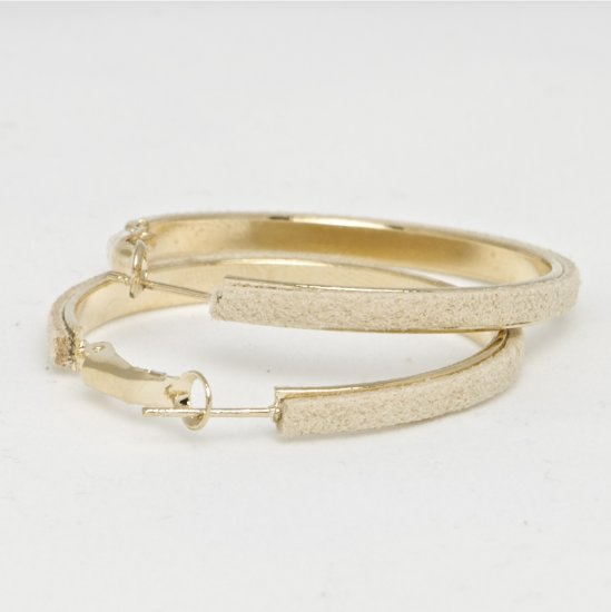 Retro Suede Gold Hoop Earrings - Beige
