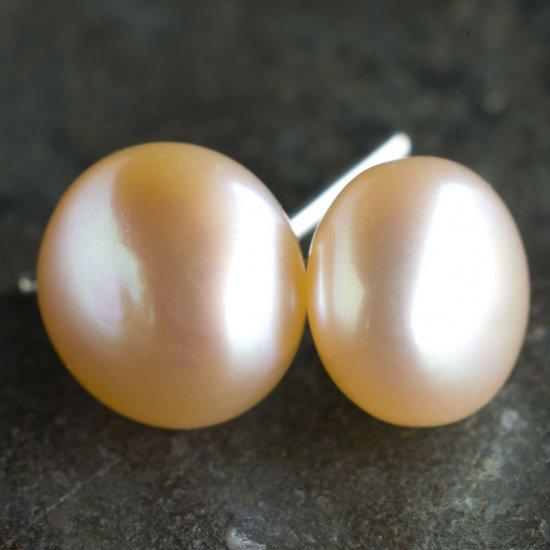 9mm Natural Freshwater Pearl Stud Earrings, Pink