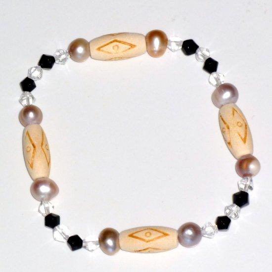 Lavender Freshwater Pearl, Black, Crystal, Bone Accent Beads Stretch Bracelet
