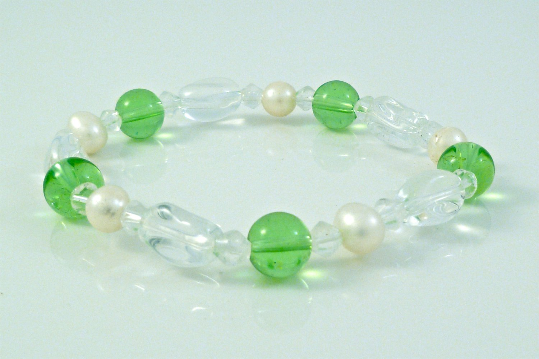 Freshwater White Pearl Bracelet, Peridot Green & Crystal Beads Stretch Bracelet
