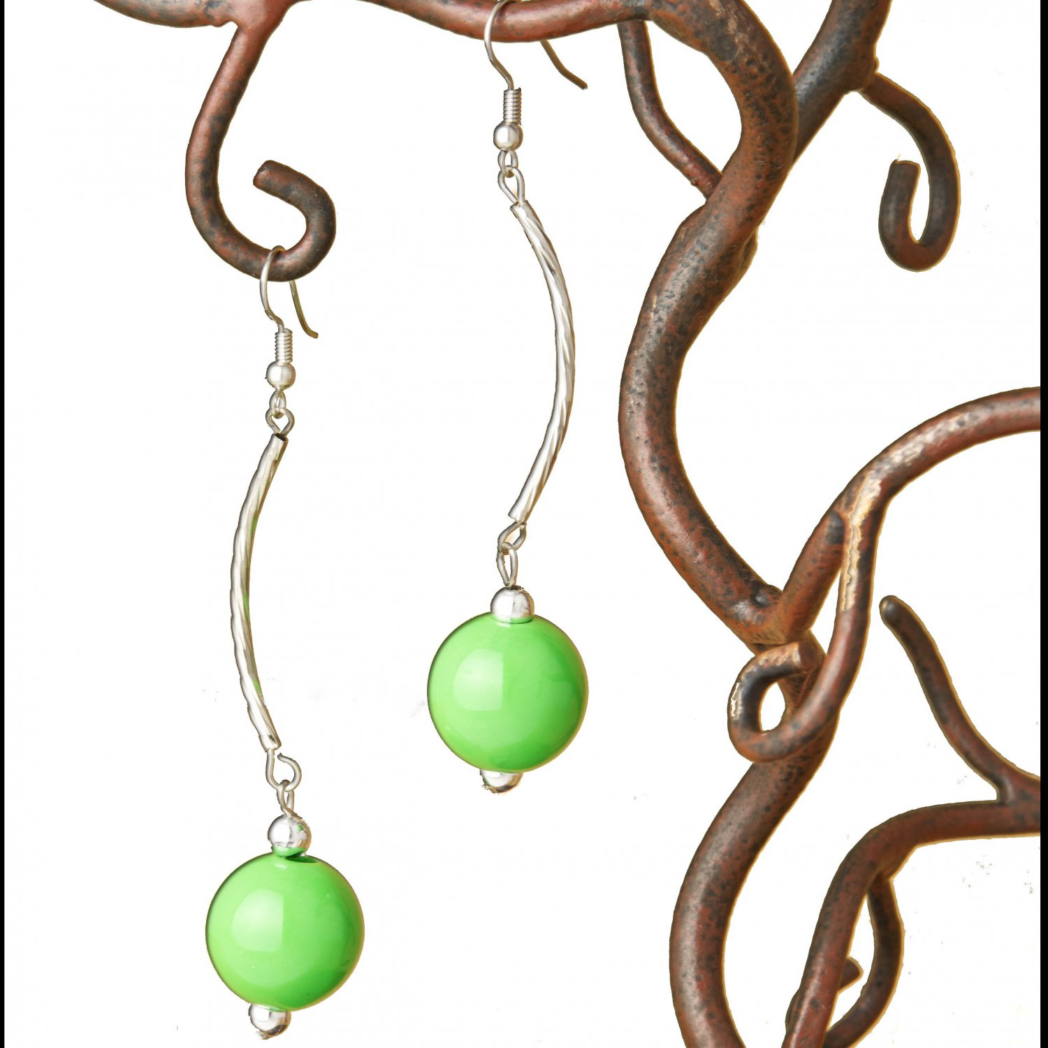 Long Silver Green Ball Dangle Fashion Earring