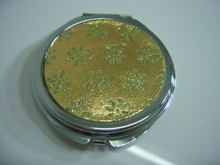 Round White Shining Gold Flower Make Up Mirror Case