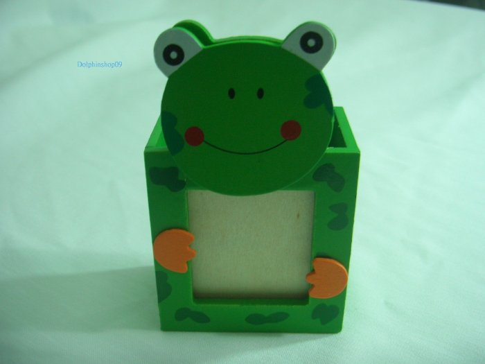 Wooden Cartoon Frog Pen and Pencil Holder Memo Clip Photo Frame 3 in 1