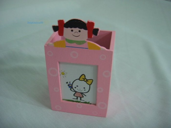 Wooden Pink Girl Photo Frame Memo Clip Pen and Pencil Holder 3 in 1