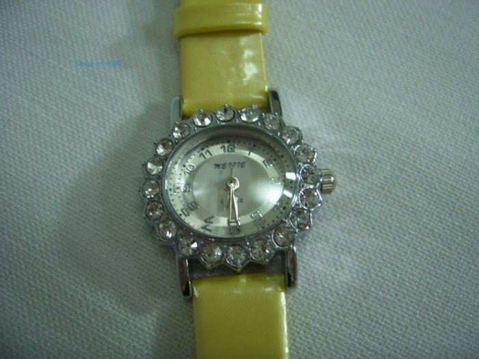 Yellow Leather Oval Antique Stone Quartz Wrist Watch