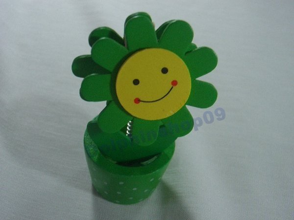 Green Wooden Desktop  Flower Memo Name Card  Clip