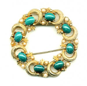 Round Goldtone Brooch with Turquoise Stones