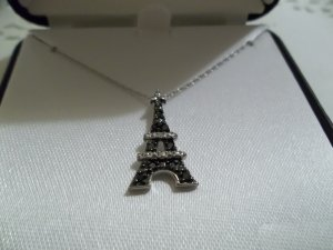 "10K White Gold 1/10 ct B&W Diamond Eiffel Tower Pendant 18"" Chain"