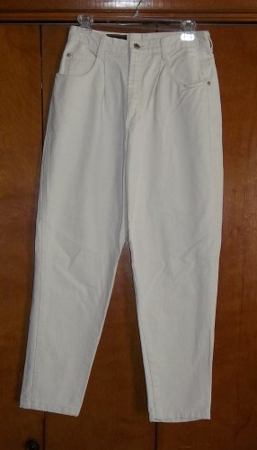 Ladies White Jeans - Size 11 (Action West)