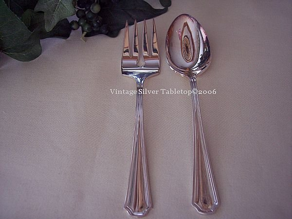 Oneida   Silverplate CLAIRHILL Serve Set 2 Spoons+Meat Fork NWT