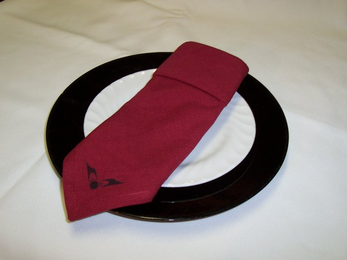 set of 4 Burgundy napkins
