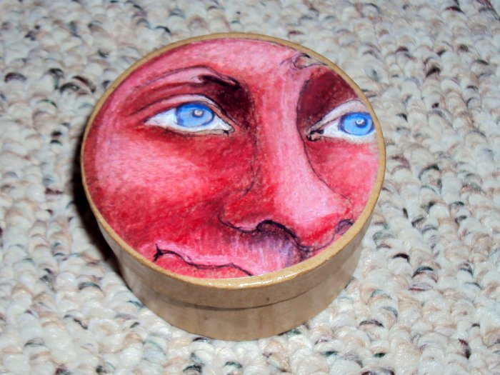 Red faced and wondering Custom Face Box