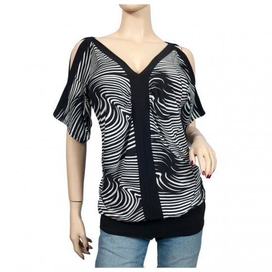 Black zebra print split shoulder plus size top 1X