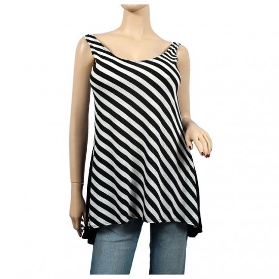 Checker Print Black Sleeveless Plus Size Tunic Top 1X