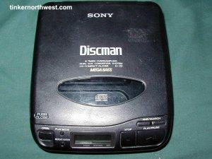 Sony CD Portable Player Discman D-33 Vintage