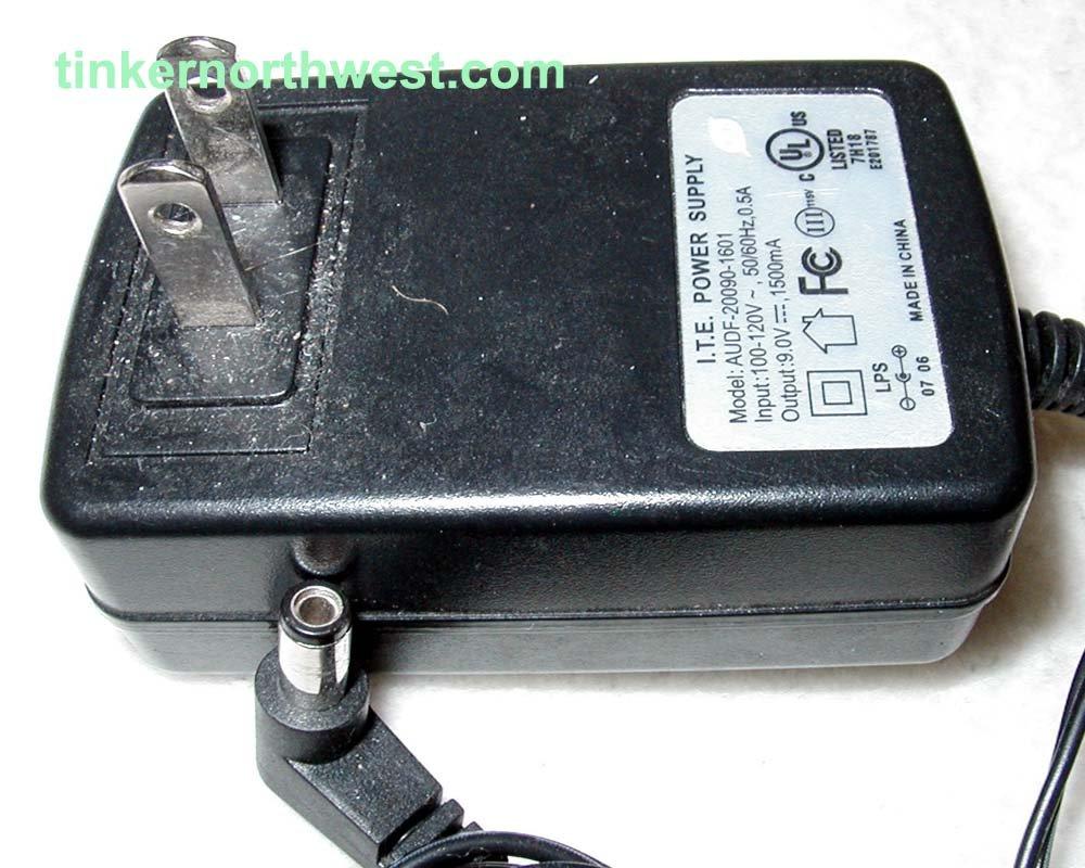 AUDF-20090-1601 I.T.E  AC POWER  ADAPTER 9VDC 1500mA SUPPLY