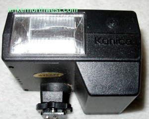 Konica X-24 Auto Camera Flash