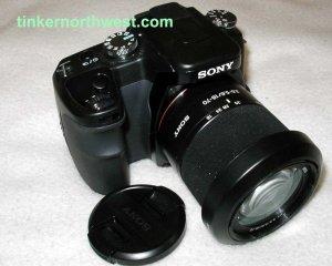 SONY ALPHA A100 DIGITAL SLR DSLR CAMERA with SONY 18-70mm Zoom Lens