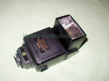 Sunpak Auto 422D Thyristor Nikon FE FM NE�2D Coupler