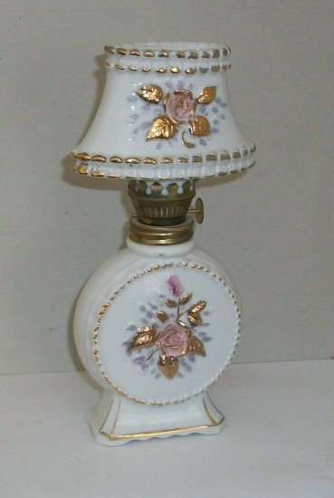 Vintage   Glass Oil Lamp  Roses   Made In Japan
