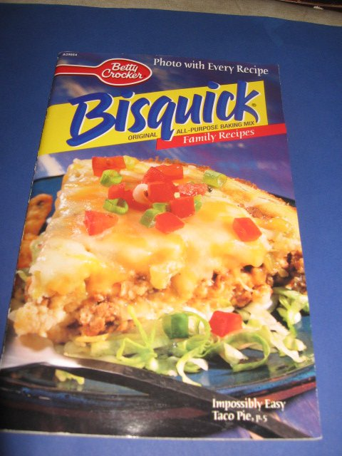 Bisquick Family Recipes Betty Crocker  A29054